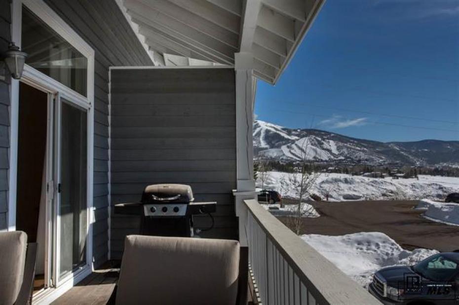 779 Mountain Vista Photo