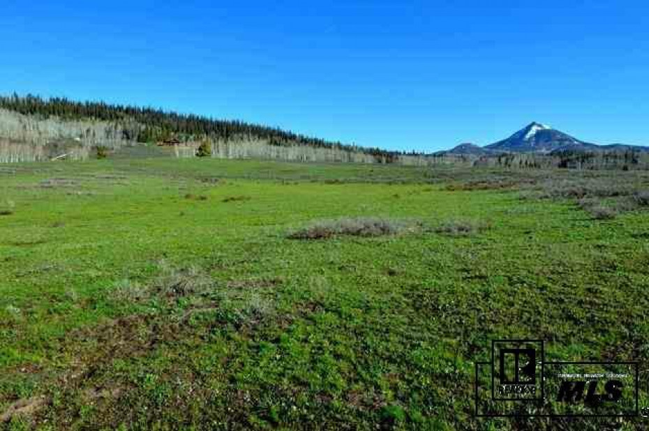 26760 Aspen Photo