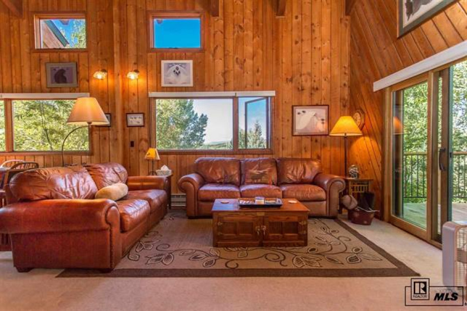 1380 Blue Spruce Photo