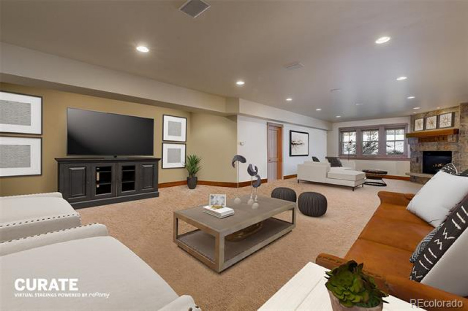 Virtual Staging- Family Room