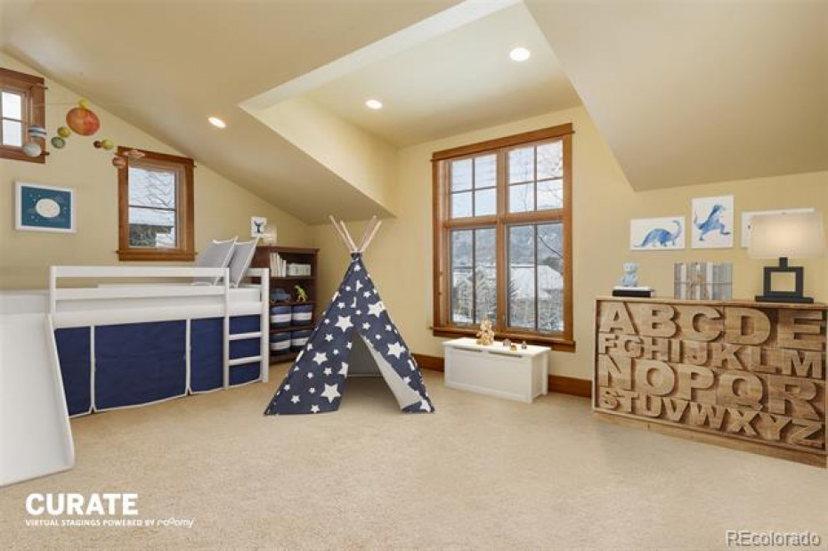 Virtual Staging- Upstairs Bunk/Guest Room