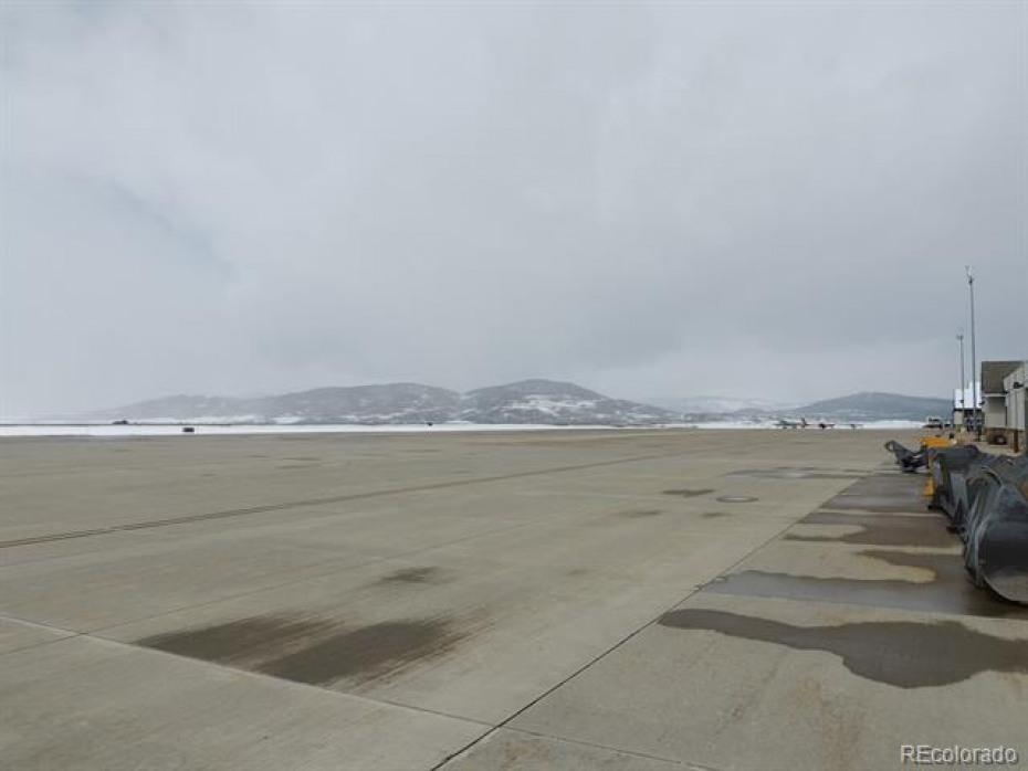 3461 Airport Photo