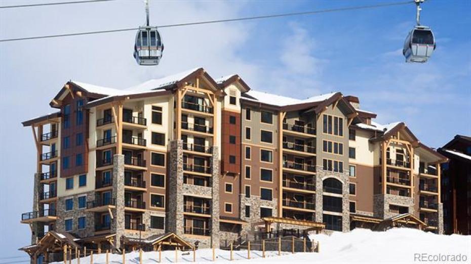 2410 Ski Trail Lane Photo