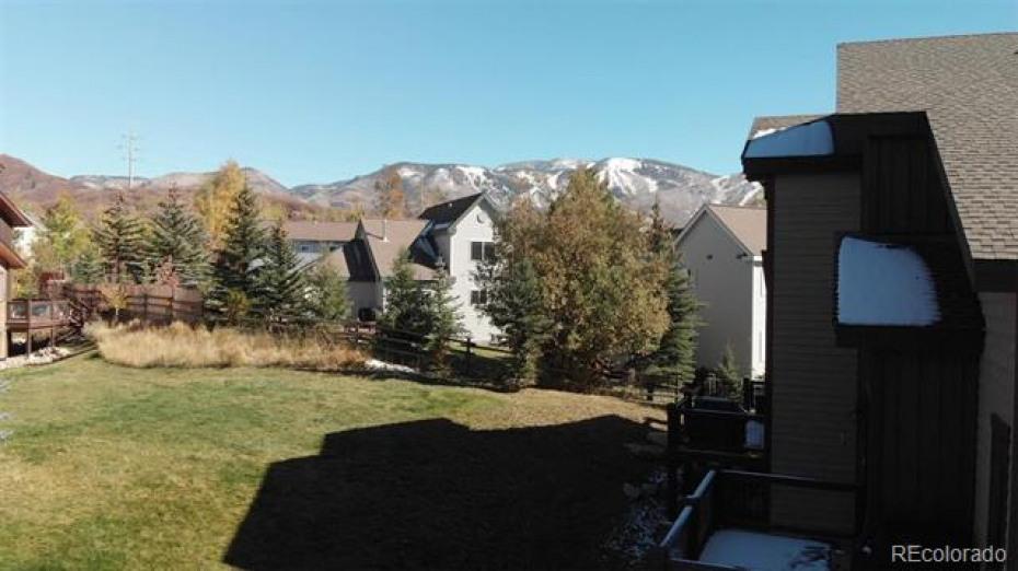 Rocky Peak Village neighborhood