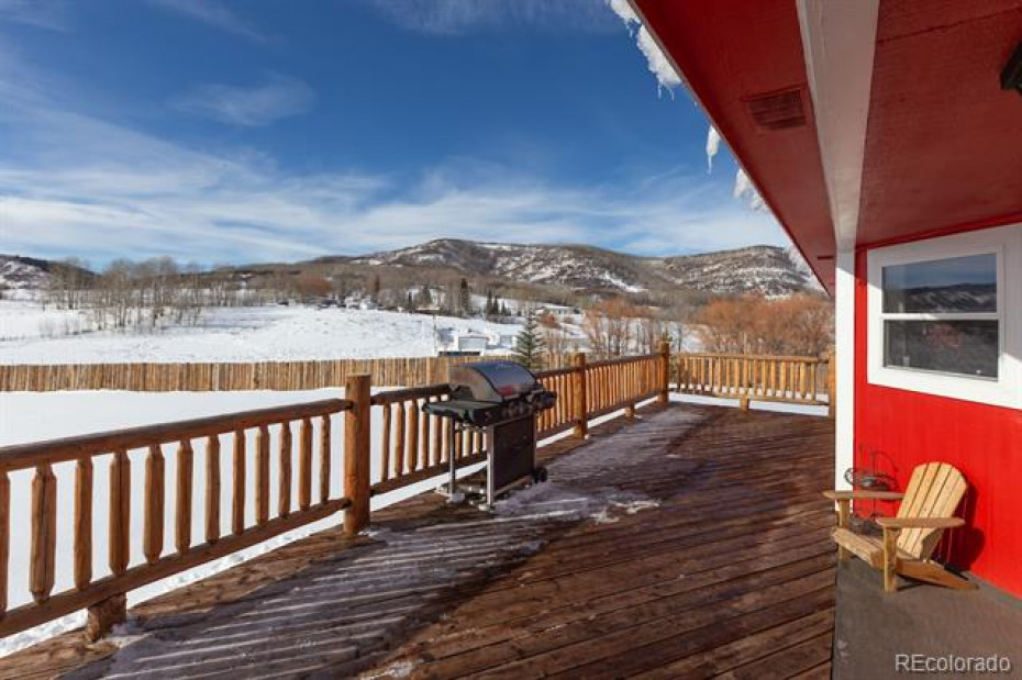 Deck provides views in every direction, privacy and views are abundant.