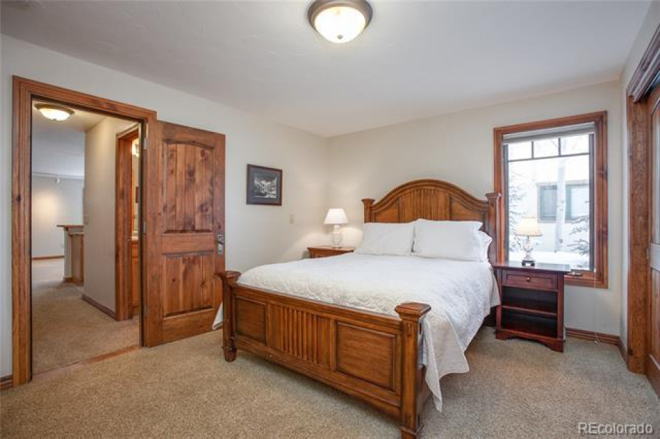 Individual bedroom, or combine with studio apartment to make a one bedroom caretaker