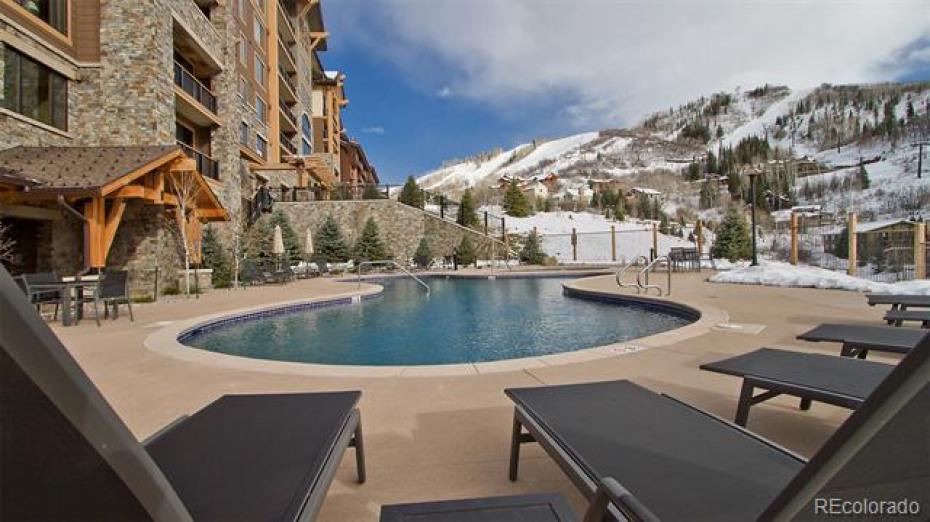 2410 Ski Trail Photo