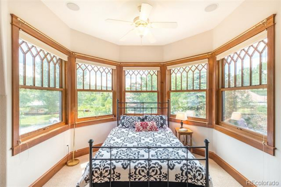 Upstairs bedroom with beautiful views and light!