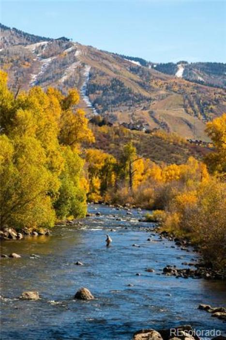 PArcel C6 - Riverview YAmpA Photo