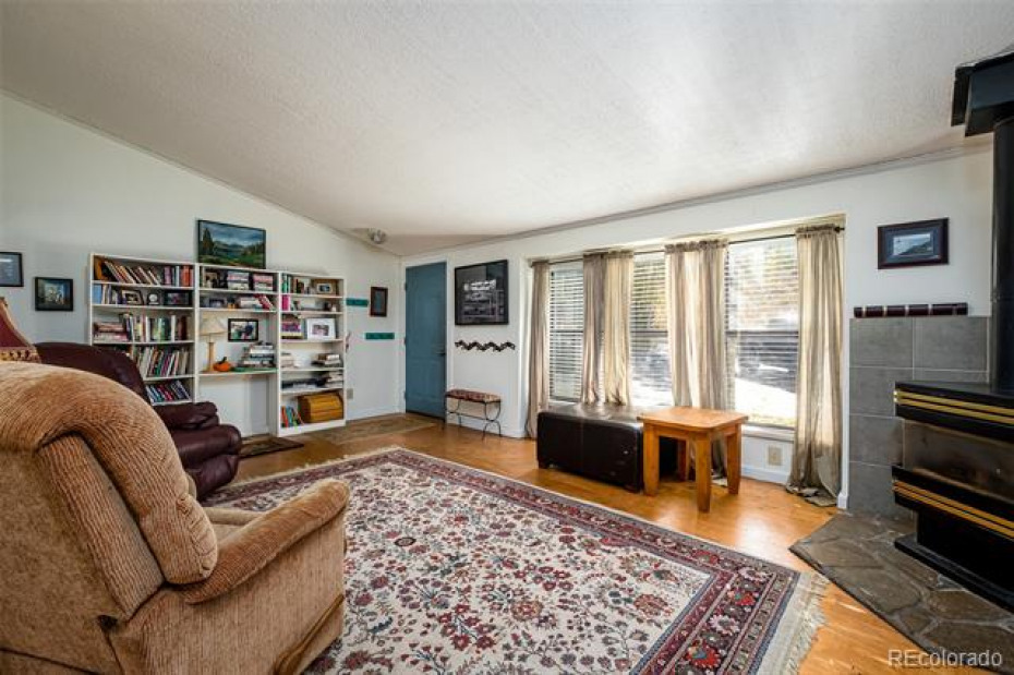 26955 Beaver Canyon Photo