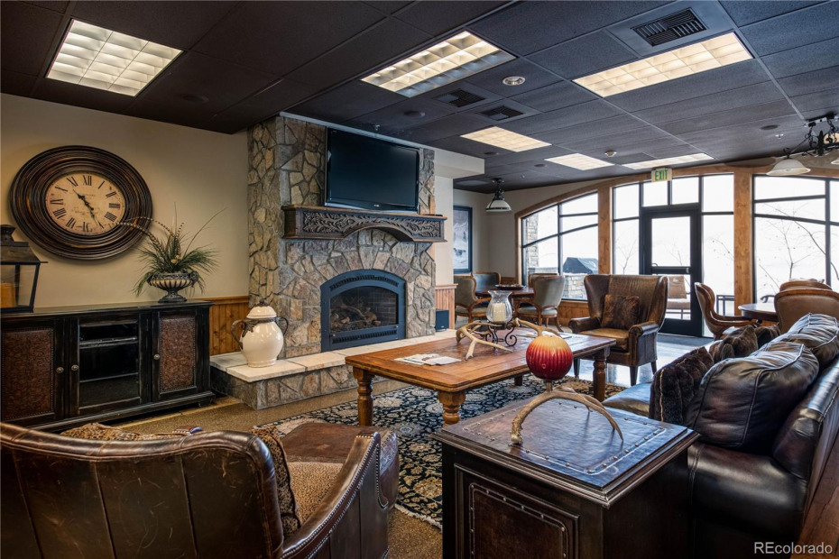 Owner's Lounge