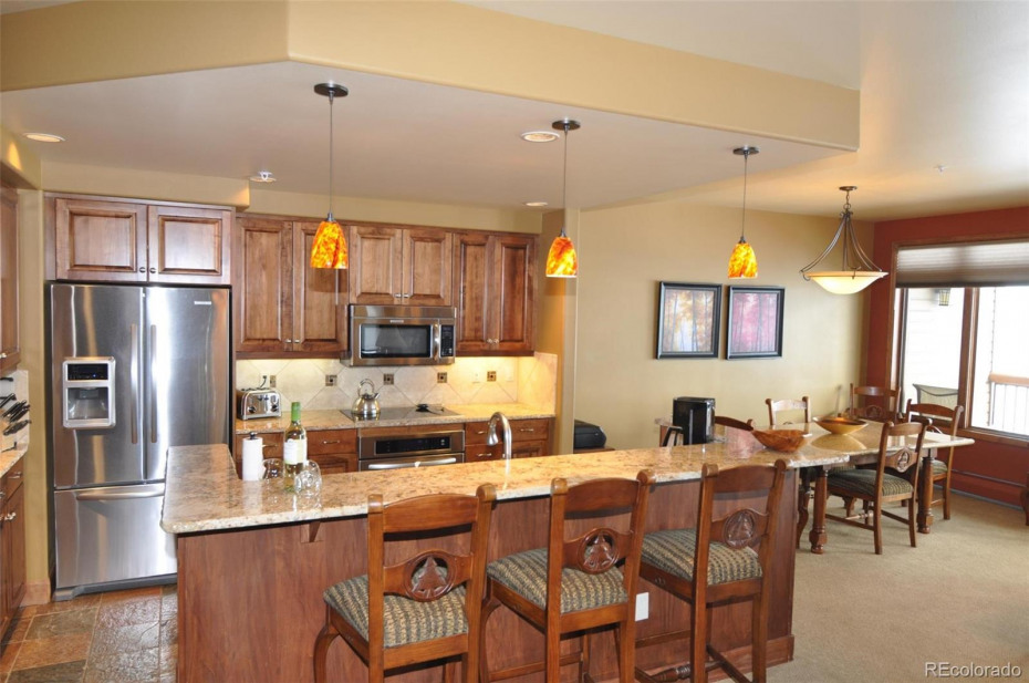 Great space for family and friends to gather before starting the day of activities or catching up at the end!