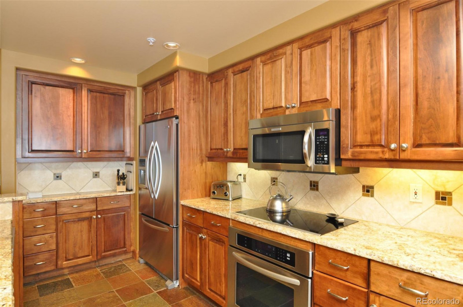 Plentiful counter and cabinet space in the kitchen.
