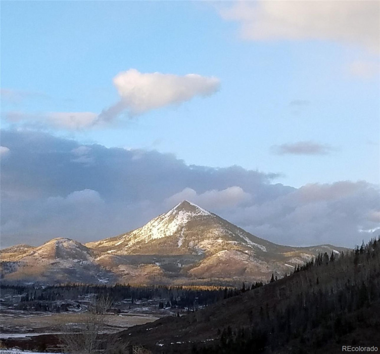 Hiking available at nearby Hahns Peak