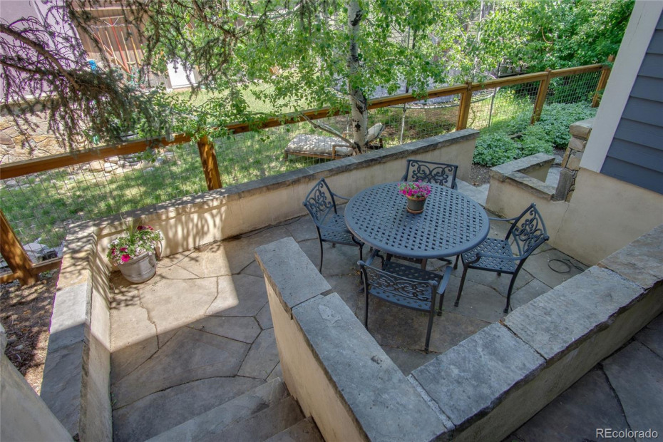 Shady Patio for Outdoor Dining