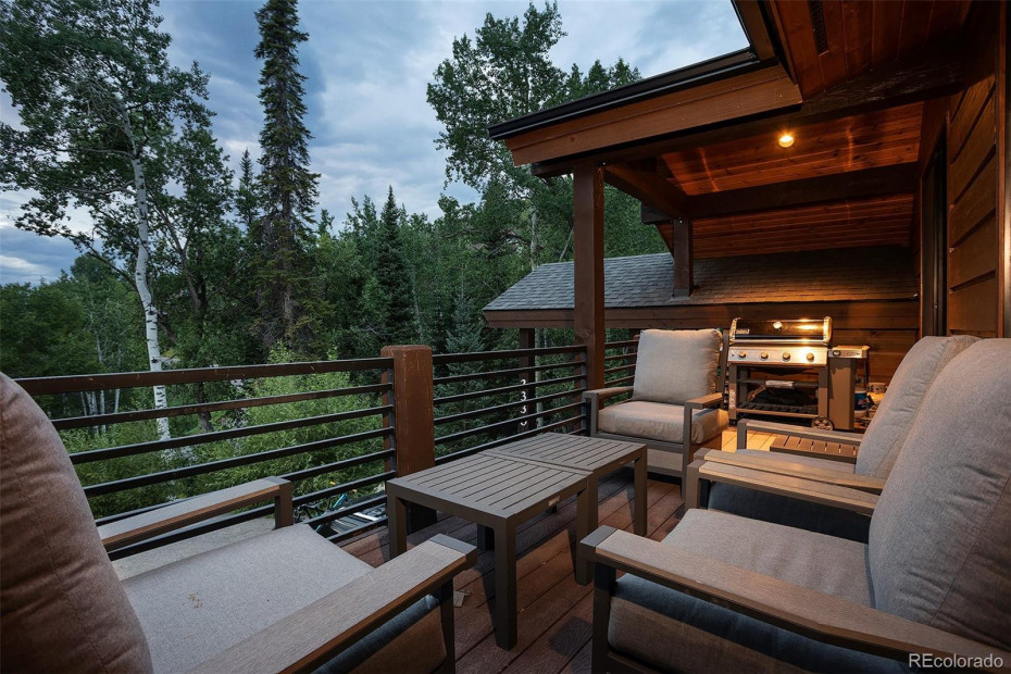 Front Deck Forest View