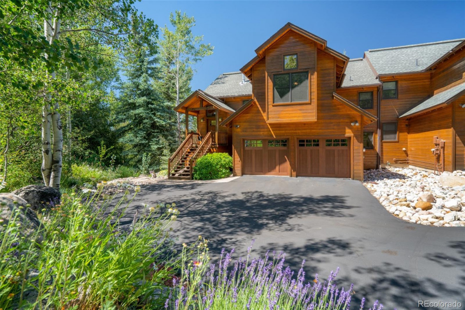 Entry to Home with Double Car Garage, Oversized with Storage Capability and Hot and Cold Water