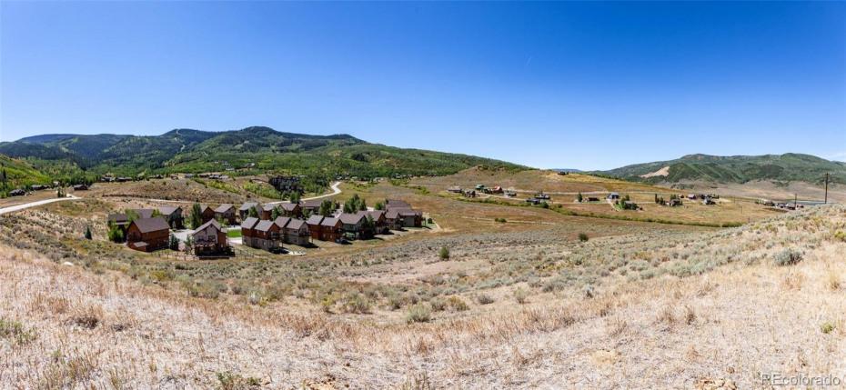 Stagecoach Duplex Land Photo