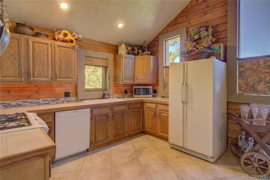 Upper Unit - Kitchen