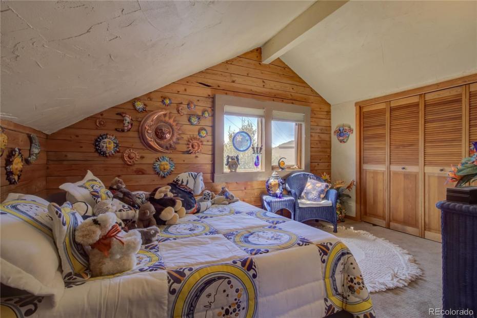 Upper Unit - Bedroom #2, fits king size bed, large closet