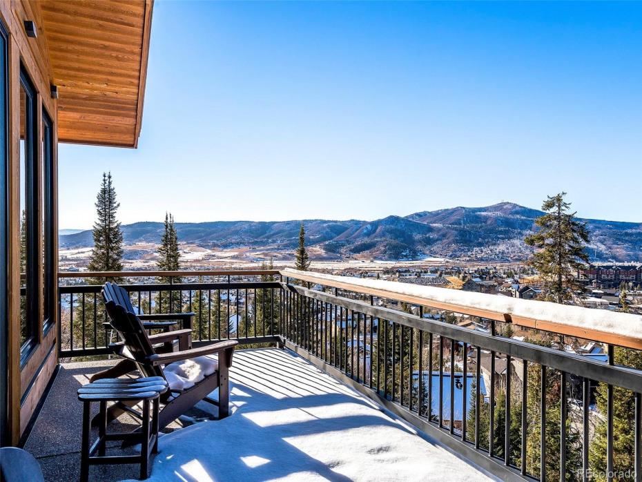 2605 Ski Trail Lane Photo