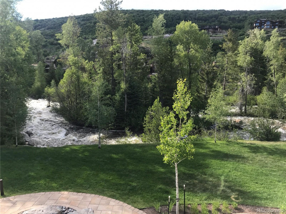 2880 Golf Stream Court Photo