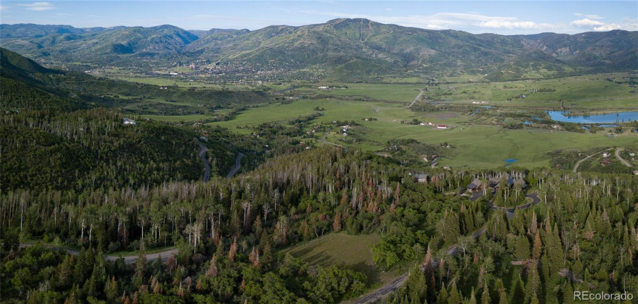 3.5 Acre Lot Only 6 Miles to the Ski Area