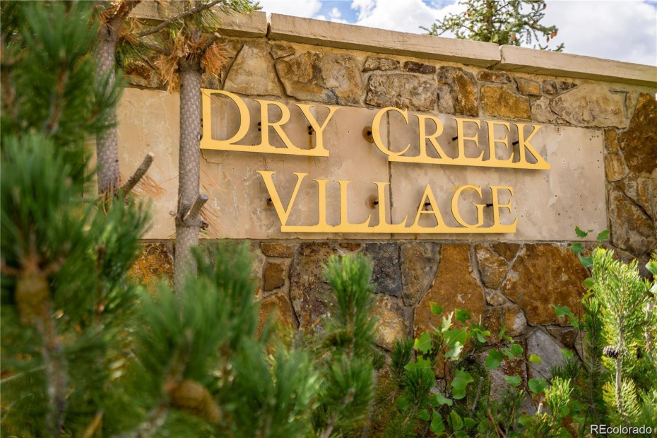 975 Dry Creek South Road Photo