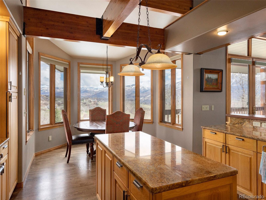 34735 Country Green Road Photo