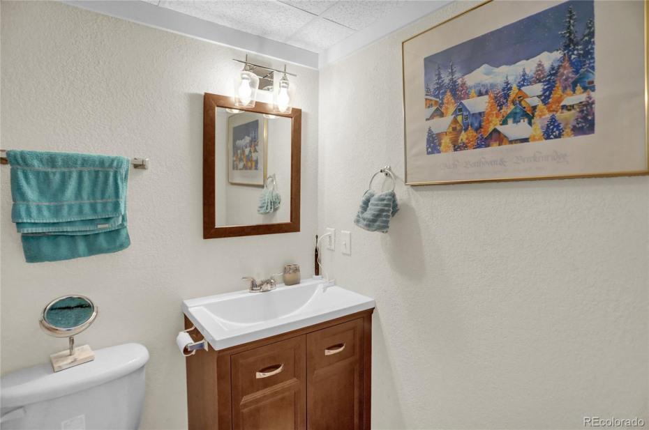 Unit 148 Bathroom