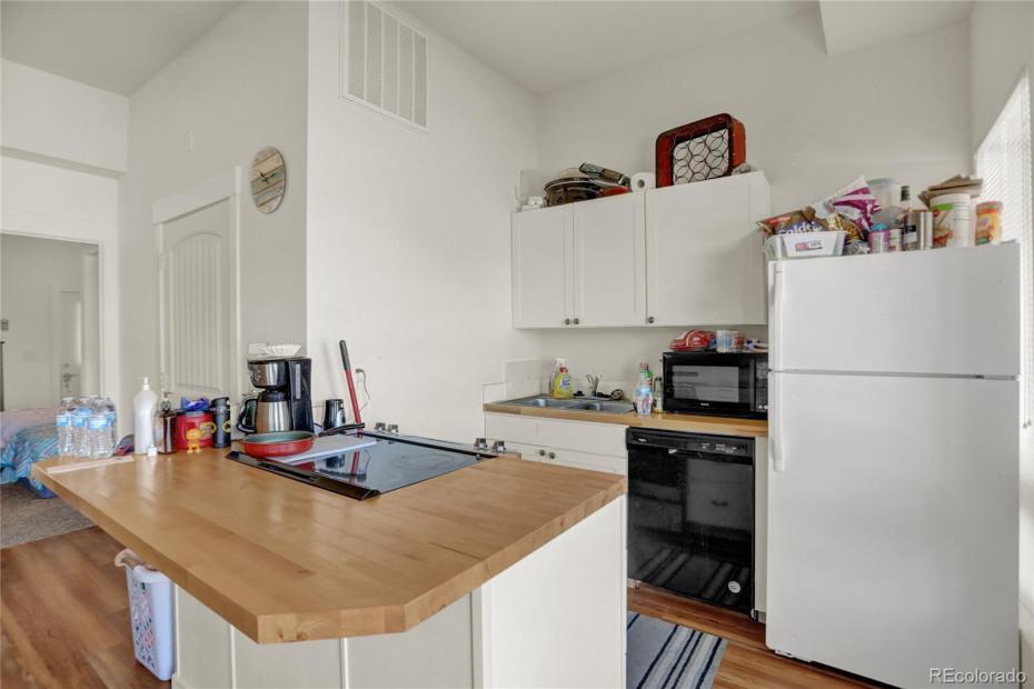 Unit 148 Kitchen