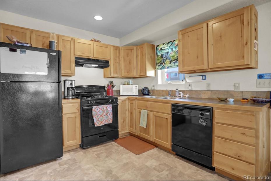 Unit 168 Kitchen
