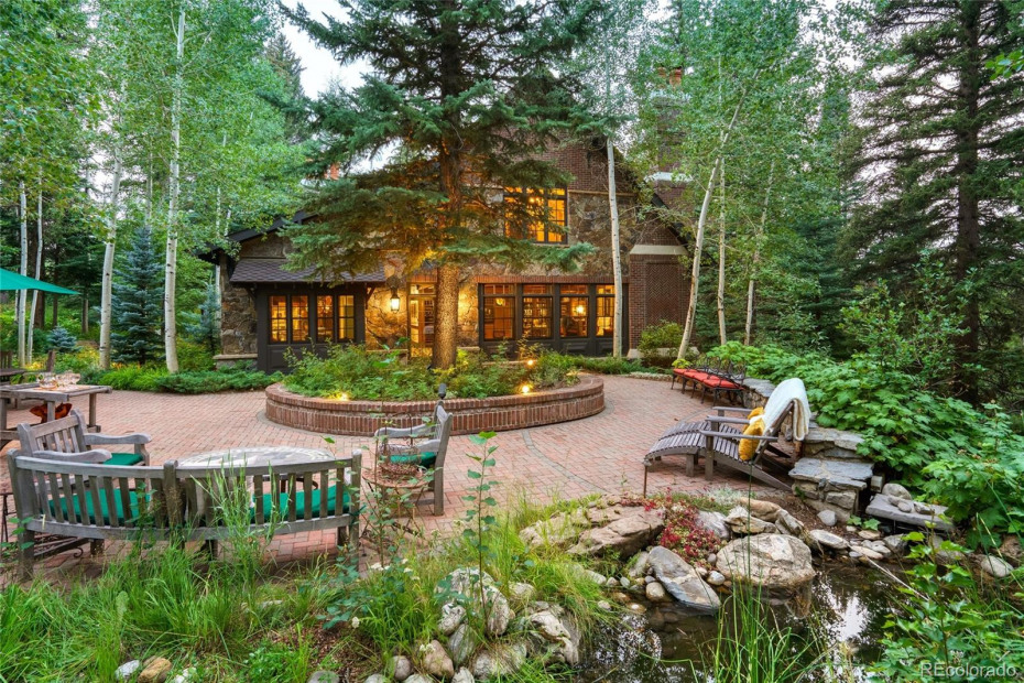 Relax to the sounds of Fish Creek on the private patio