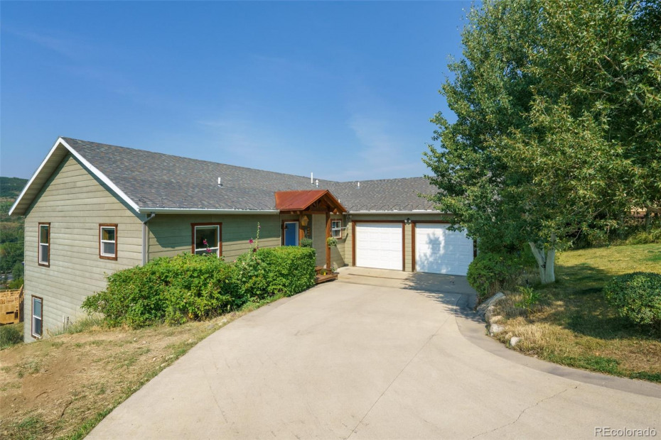 Prime Location, Gorgeous Views, Spacious Home- Call Today for a Tour