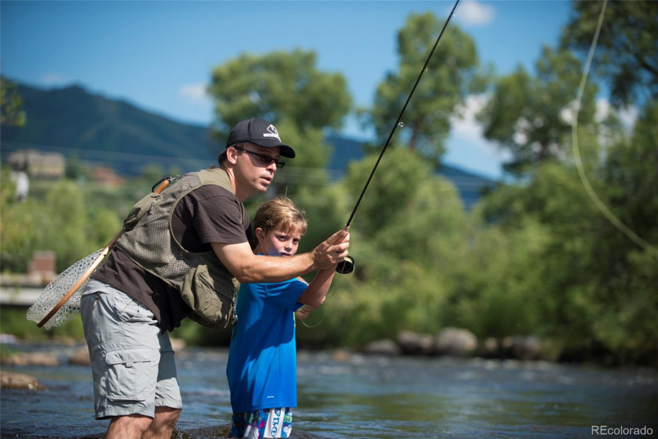 Flyfishing in the Yampa River