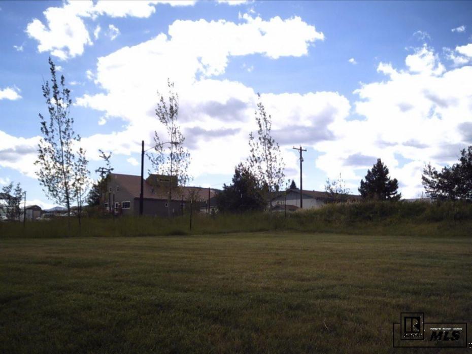 103 Oak Ridge Circle Photo