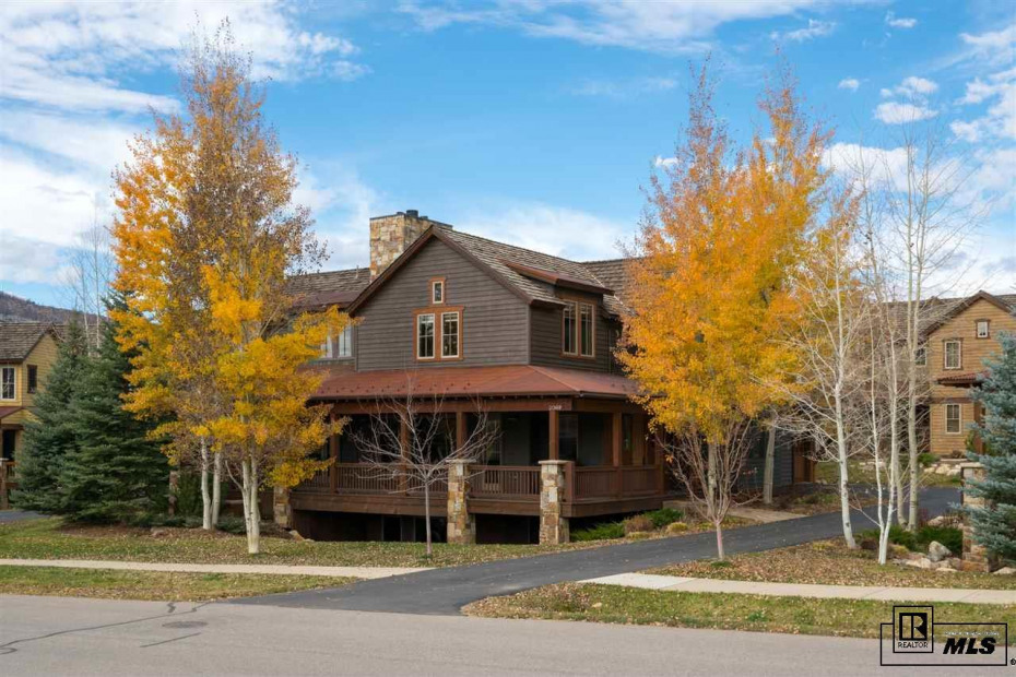 2069 Indian Summer Drive Photo