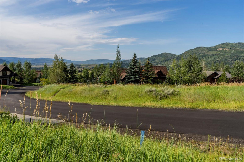 90 Hillside Drive Photo