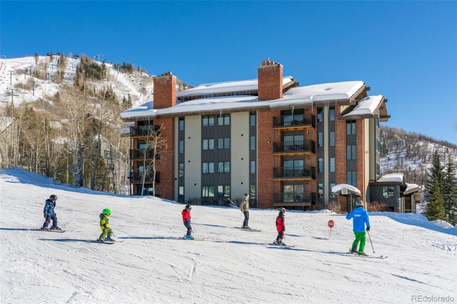 2430 Ski Trail Lane Photo