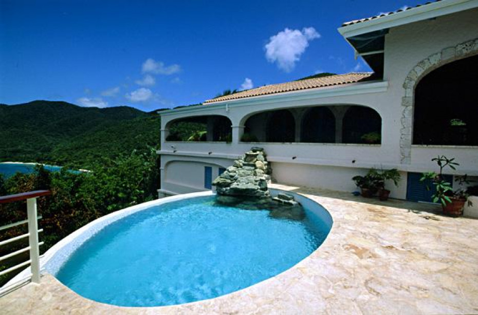 Cliffhouse pool with waterfall