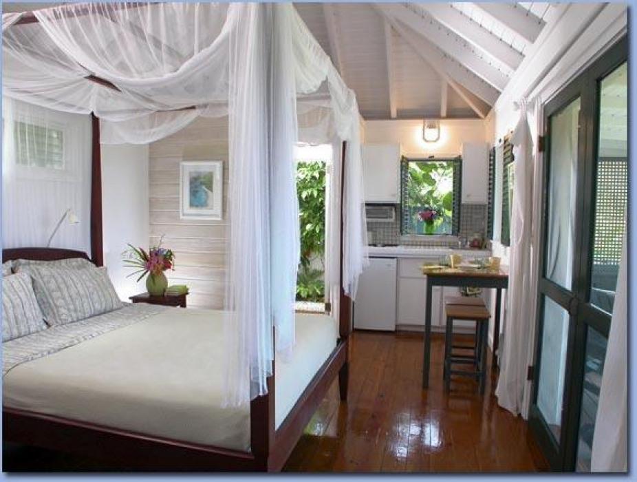 Windwardside Guest Cottage interior