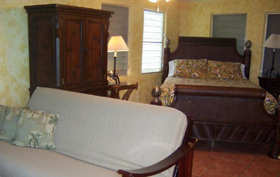 TYPICAL GUEST ROOM