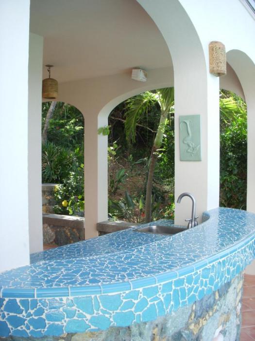 Glass mosaic poolside bar