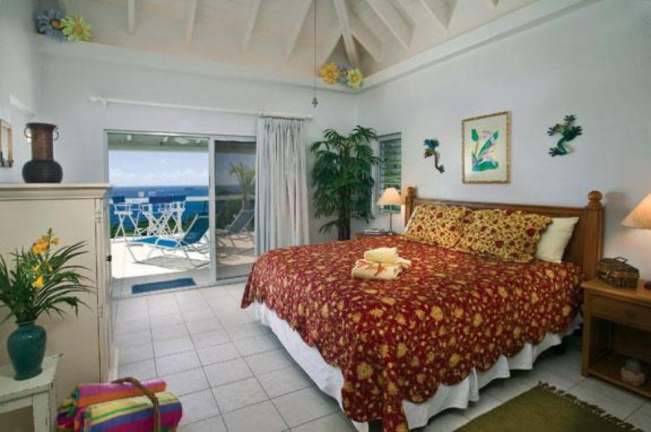 Main house guest suite