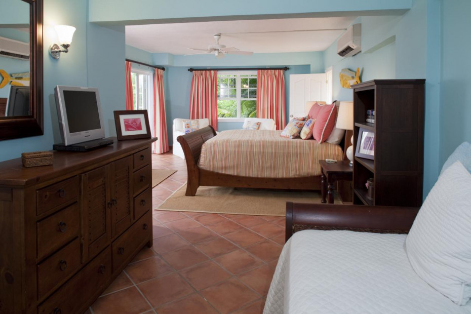 Cabana House - Lower Bedroom Suite