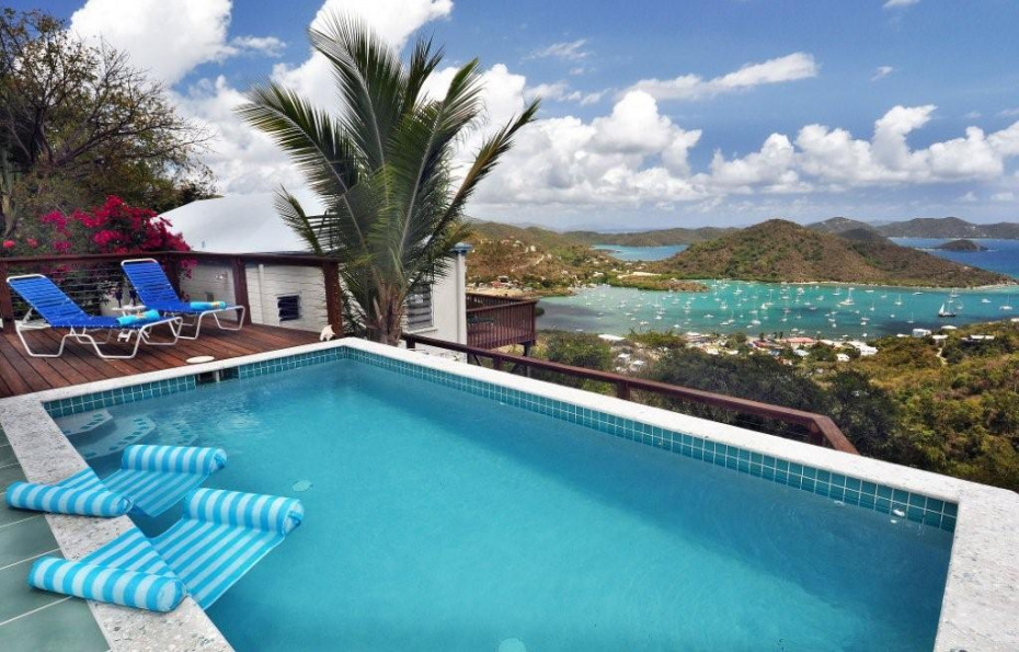 Views of Coral Bay and BVI's