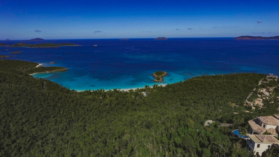 Trunk Bay view
