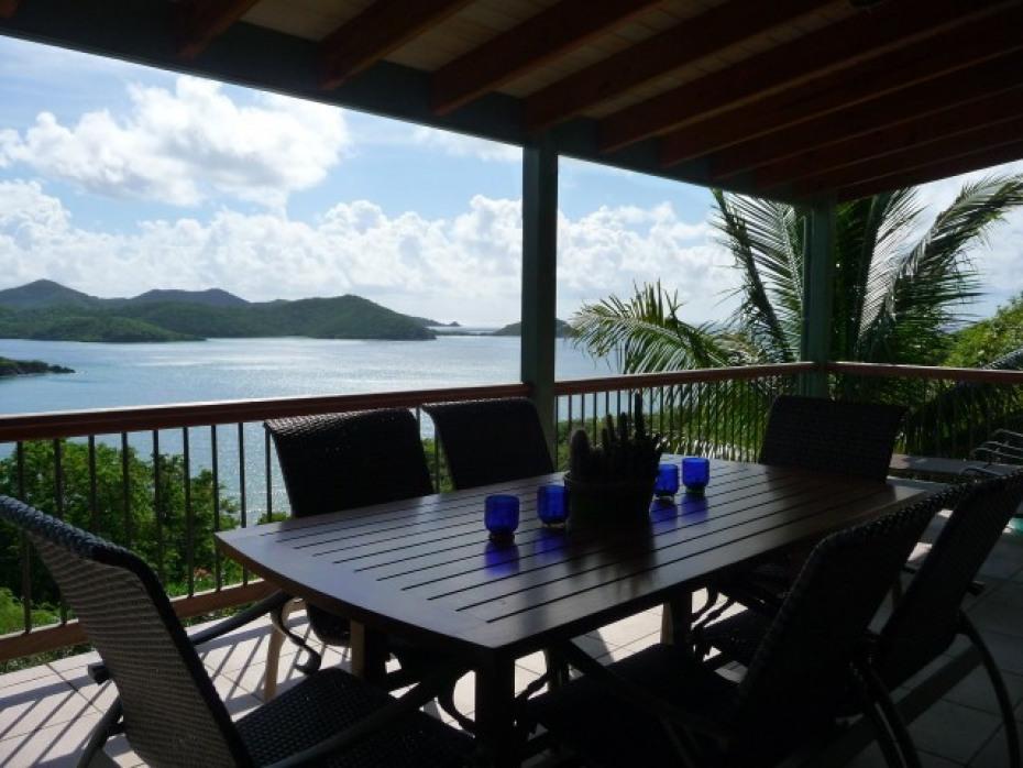 Main deck dining area