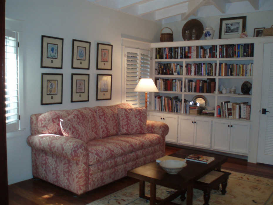 Guest Bedroom/Library