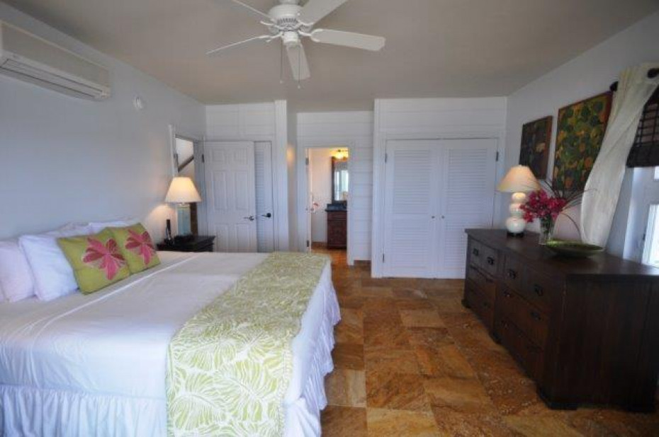 North Bed Suite